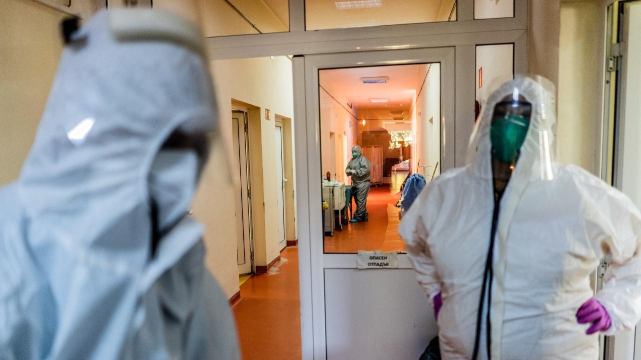 Шест области в страната са без заразени с COVID-19