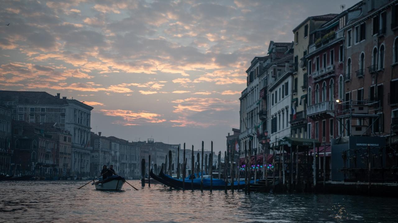 Венеция забранява от днес круизните кораби в историческия си център
