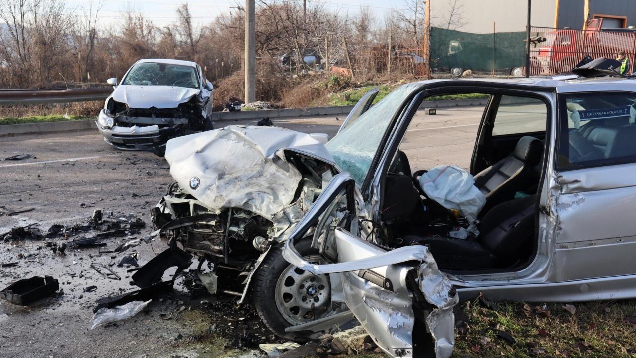 Челен удар взе живота на жена на пътя Димитровград - Стара Загора