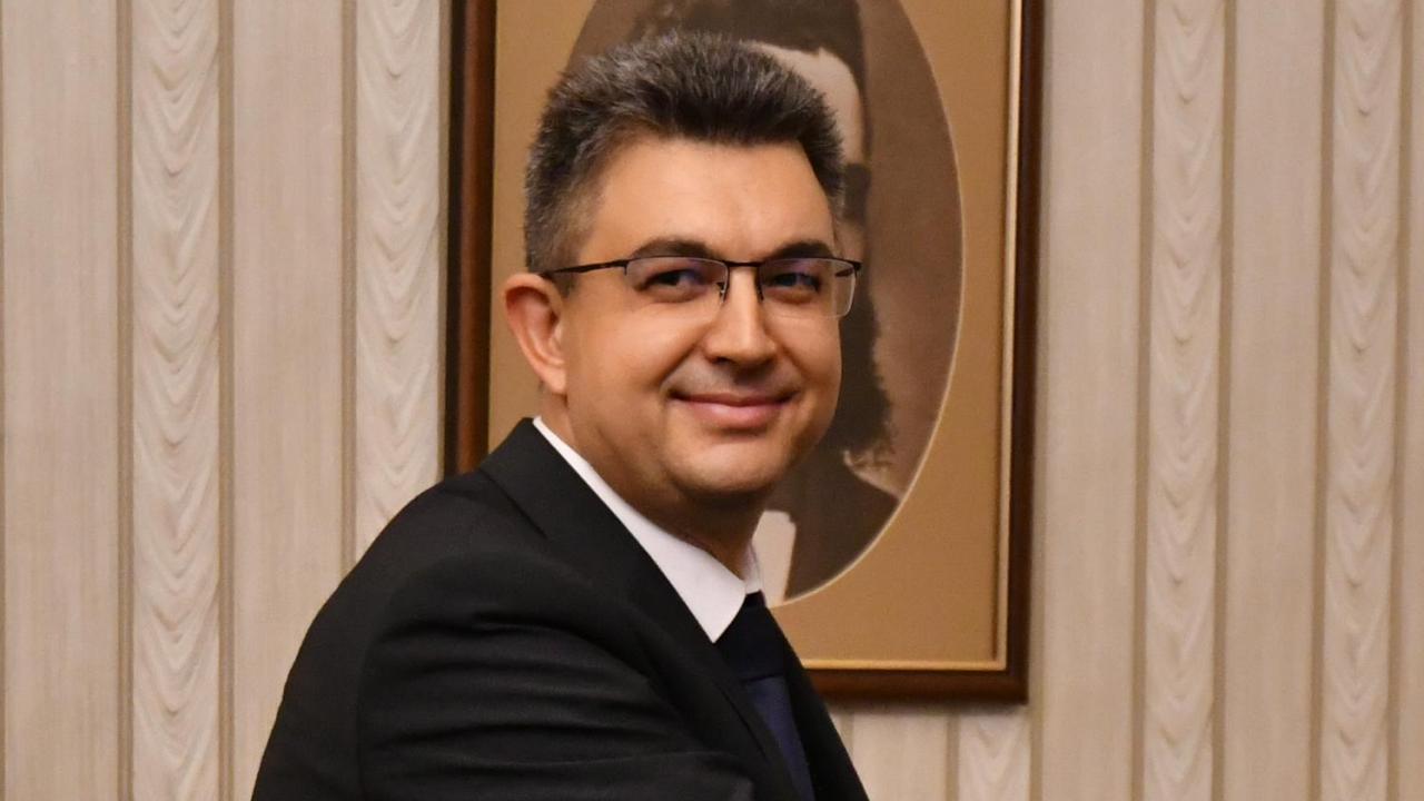 От БСП продължават да хвалят Пламен Николов - бил комуникативен и диалогичен човек с добри идеи