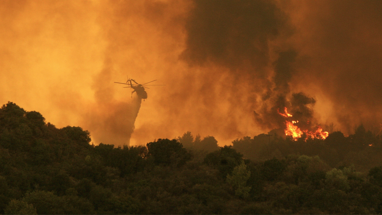 Няма данни за пострадали български граждани при пожарите в Пелопонес