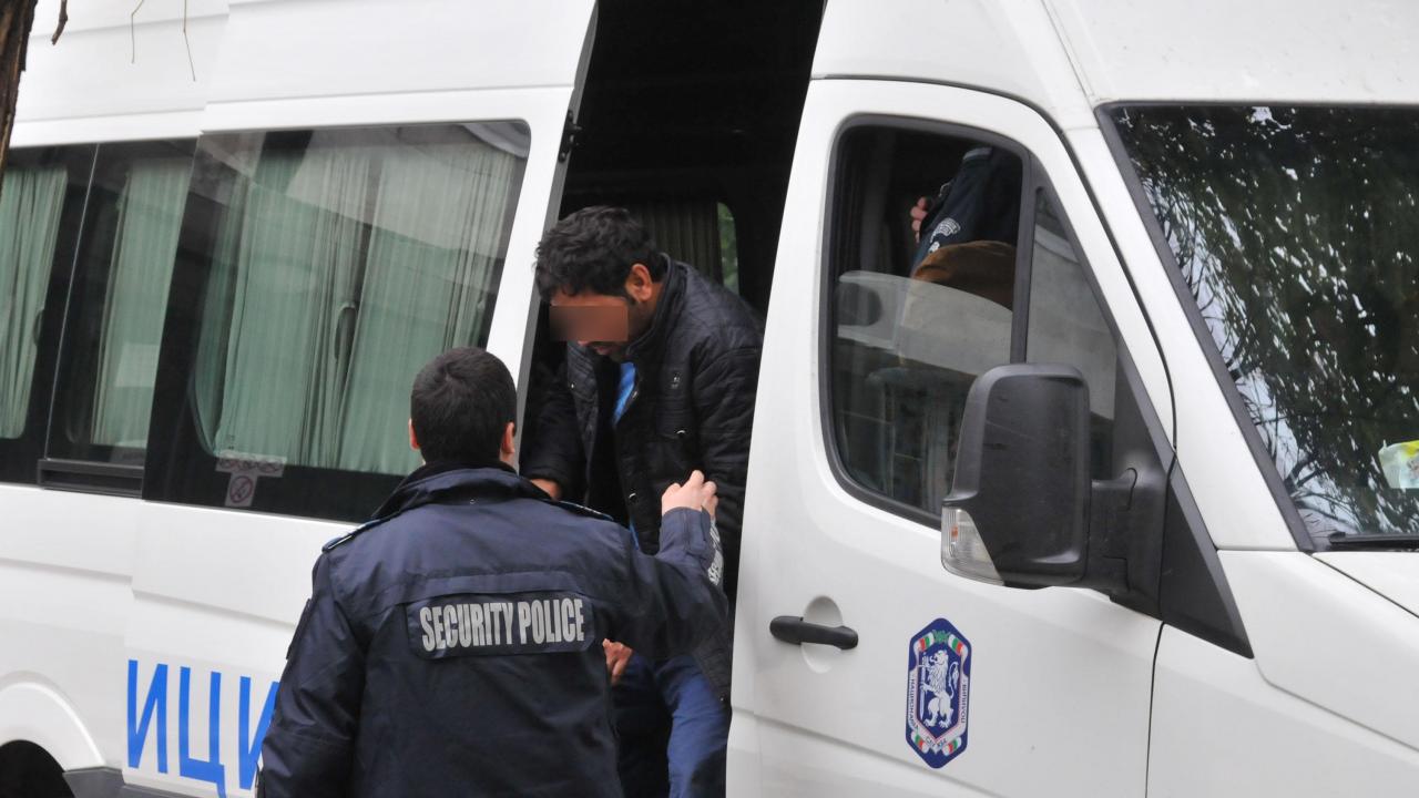 Близо 70 нелегалнимигранти са заловени в София за последните три дни