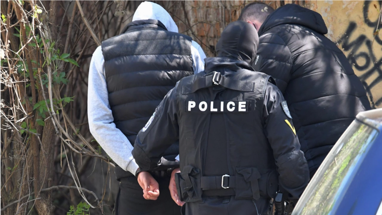 Спецпрокуратурата с разследване срещу група за измами, компютърни  престъпления и пране на пари