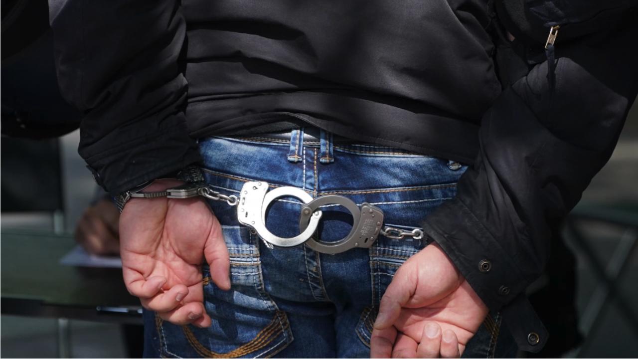 Задържаха 37-годишен подал фалшив сигнал за бомба в Смолян