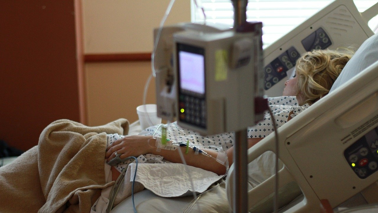 Над 98% от постъпващите в руски болници заразени с COVID-19 не са имунизирани