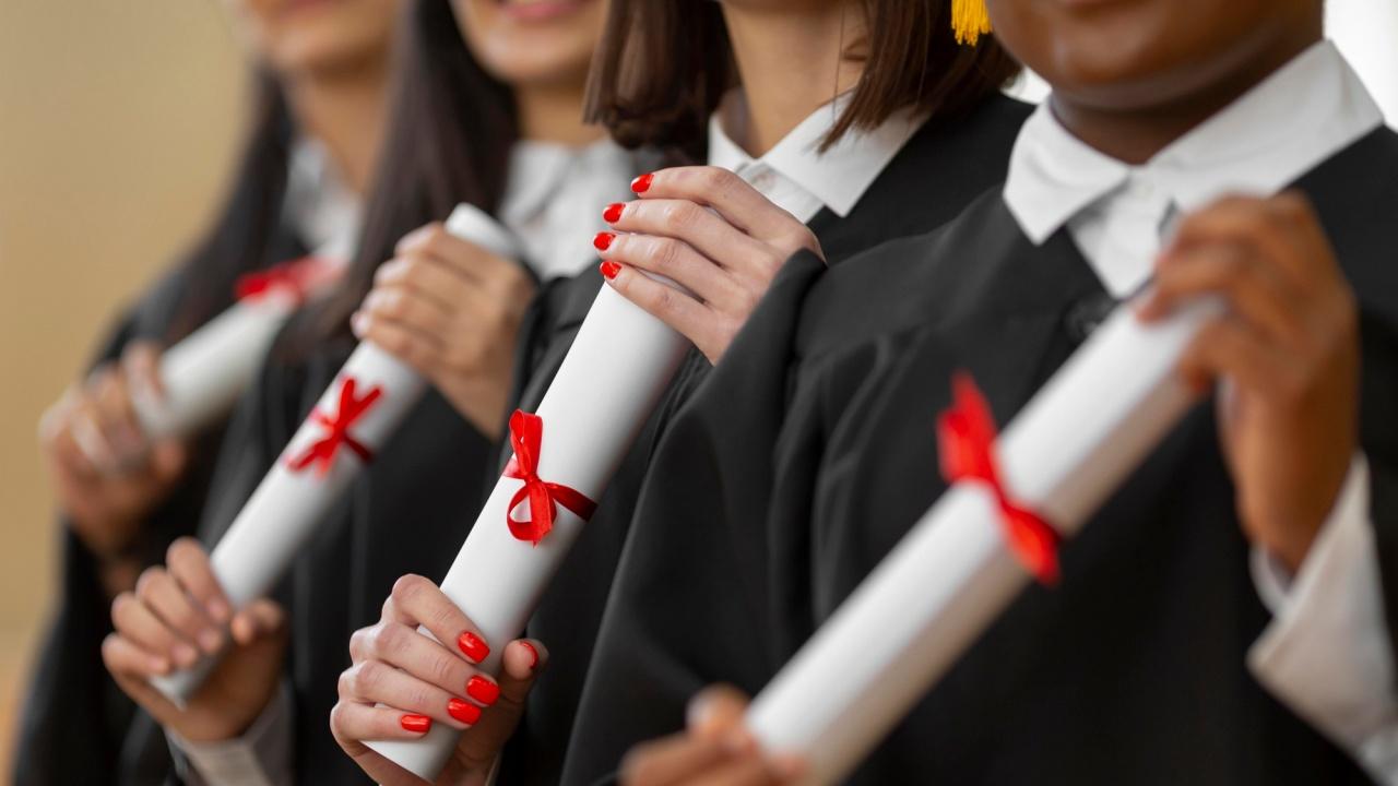 29 зрелостници ще получат национална диплома за отличен успех