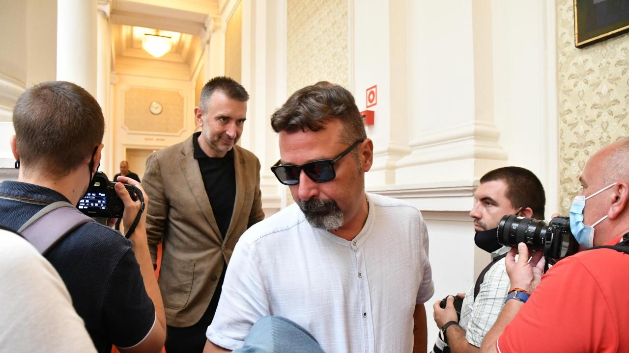 Вижте състава на кабинета на партията на Слави Трифонов!