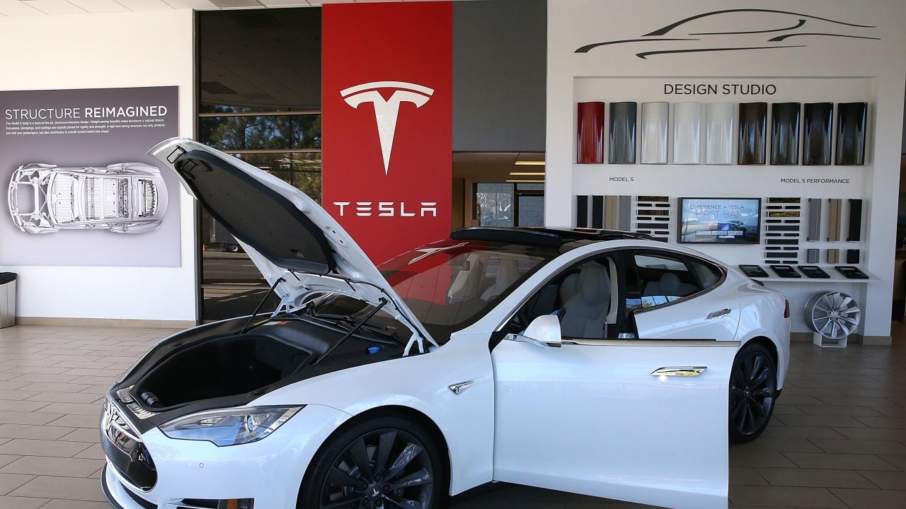 Tesla повиши цената на електромобила си Model S с 5000 долара