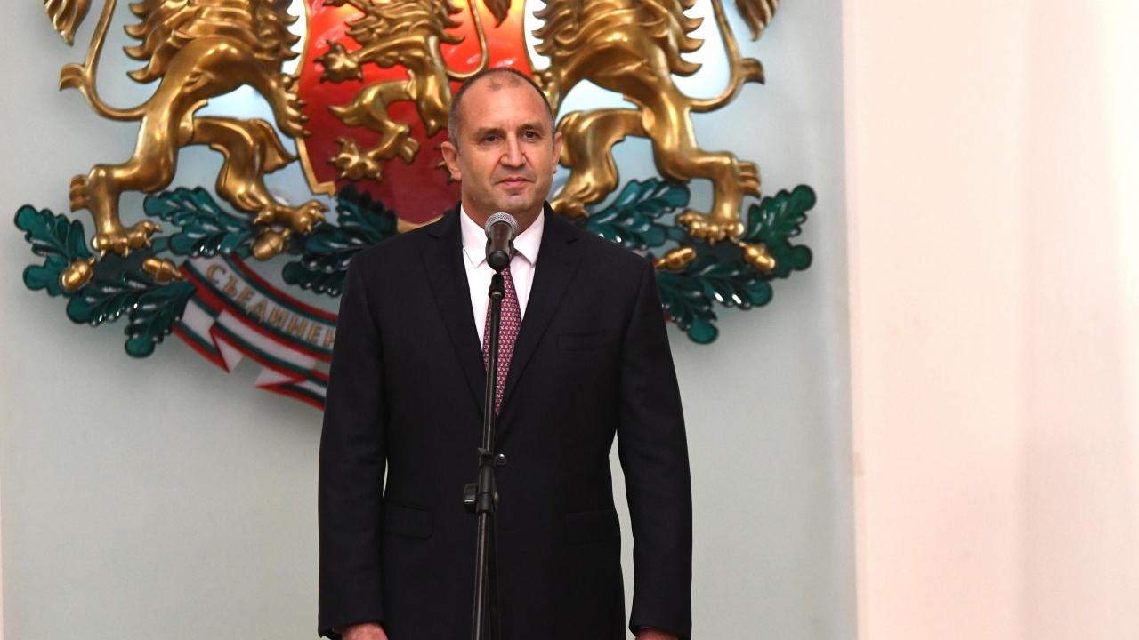 Румен Радев със съболезнования към близките на загиналите в пожара