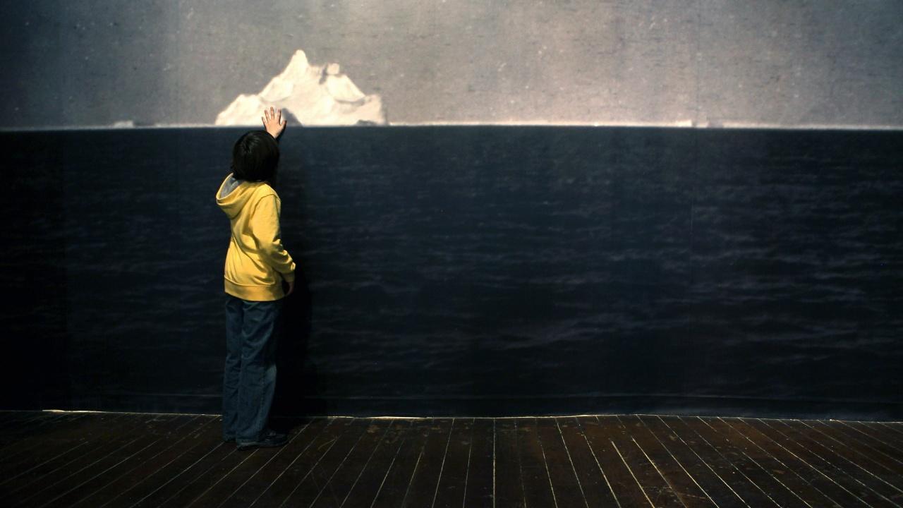"""Айсберг в музея на """"Титаник"""" се срути и рани трима"""
