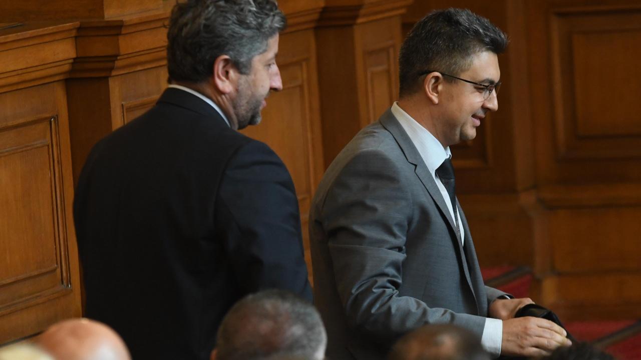Курумбашев: Представете си премиер да се избира с есемеси по телевизията!