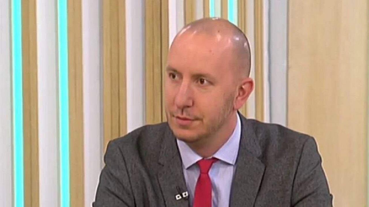 Михаил Кръстев: Историческият компромисв НС не е новост. Някоя партия ще претърпи голямо унижение