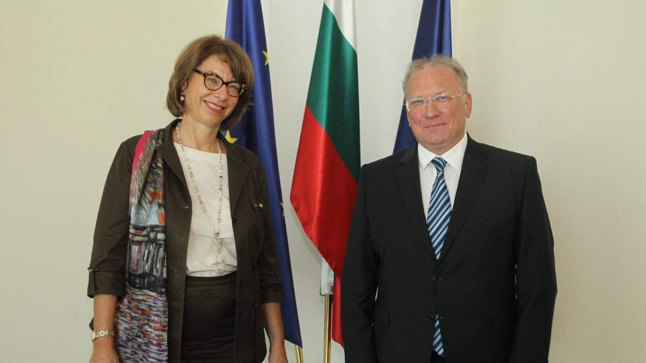Министър Светлан Стоев прие посланика на Швейцария Мюриел Берсе Коен
