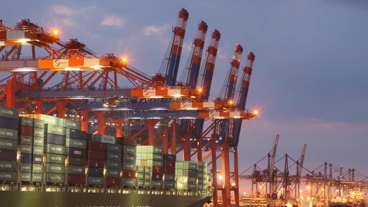 Вносът и износът на Китай са нараснали през юли, но с по-бавен темп