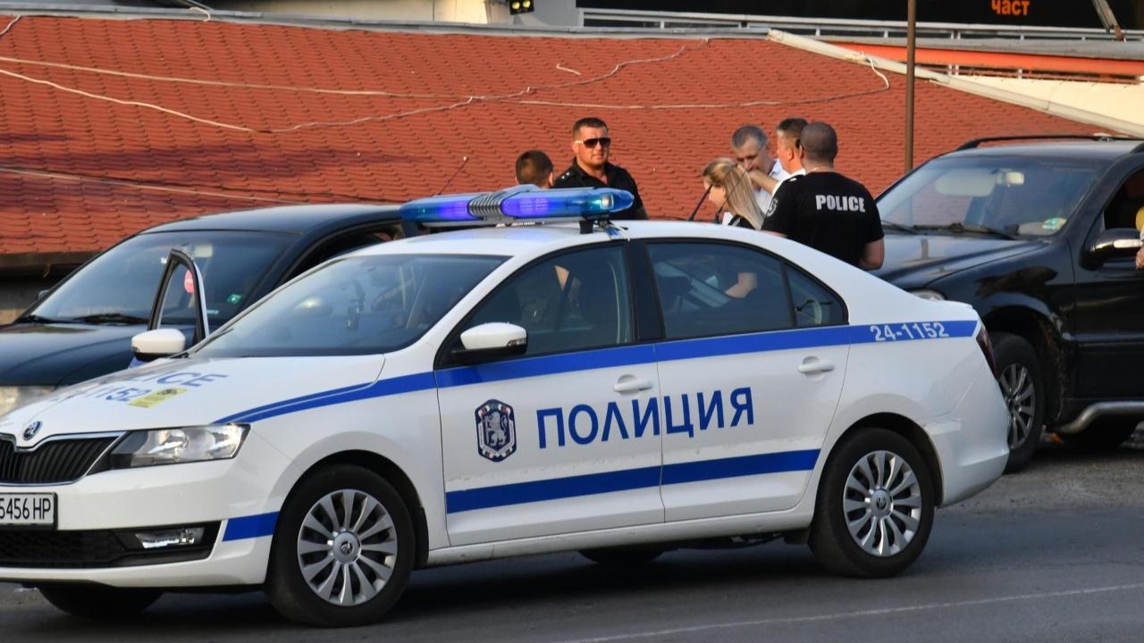 Заловиха 18 нелегални мигранти в София