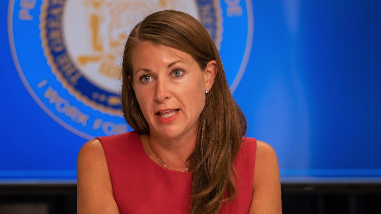 Висша сътрудничка на губернатора на Ню Йорк подаде оставка на фона на скандалите около него