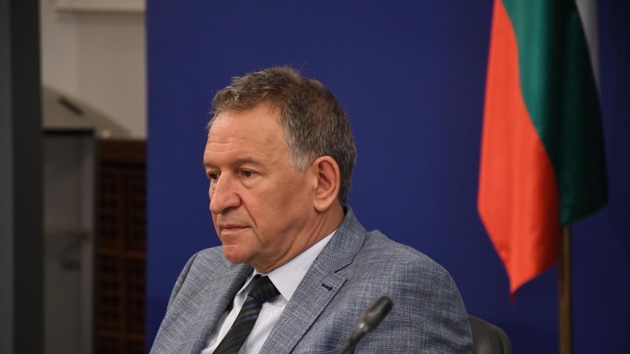"""Обединение """"Бъдеще за туризма"""" иска оставката на Стойчо Кацаров"""