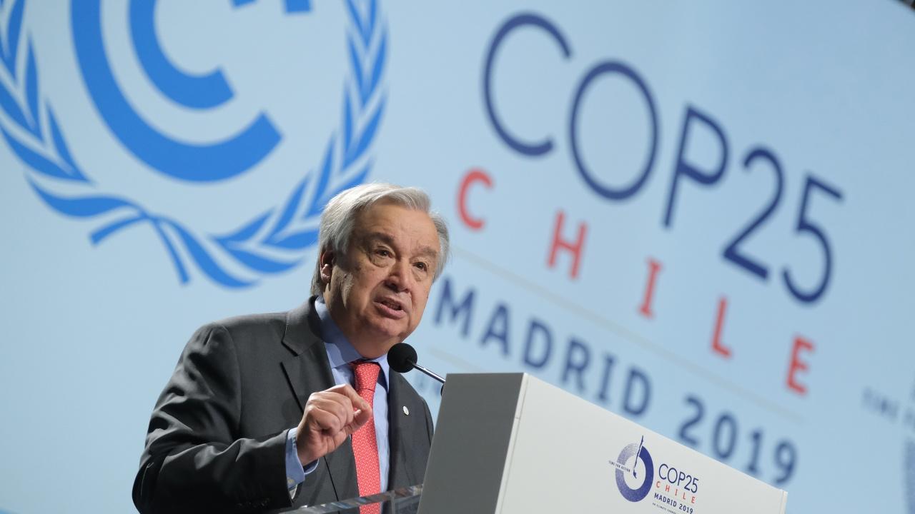Антонио Гутериш: Климатичният доклад е червен код за човечеството