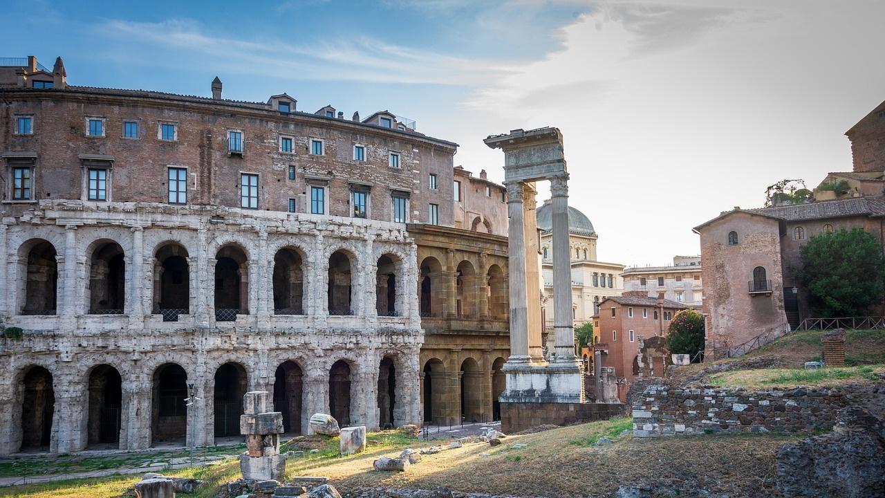 Жегите не подминаха и Италия