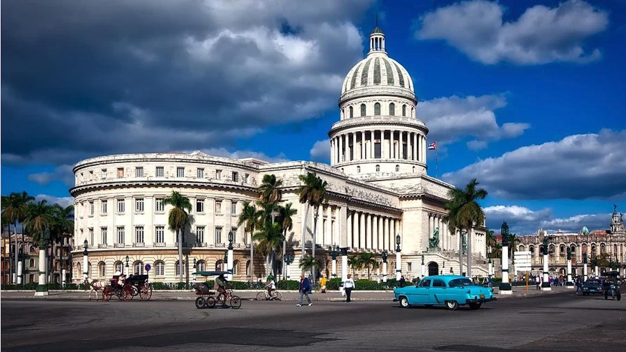 Куба по пътя на възможен, но все още далечен национален диалог