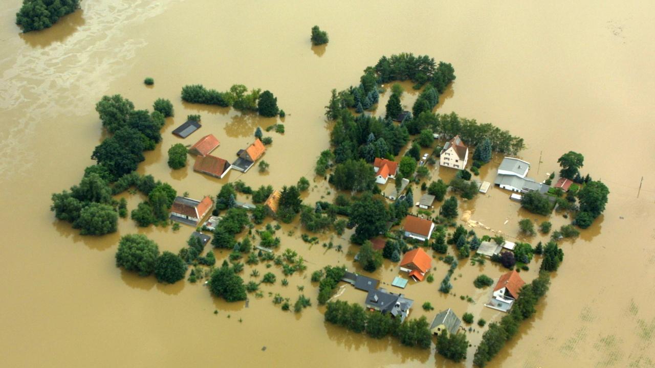 Германия отпуска 30 млрд. евро за възстановяване от наводненията