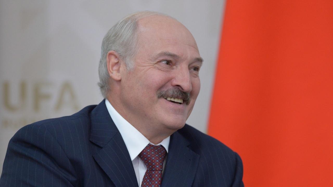 Александър Лукашенко към учен: Не псувайте