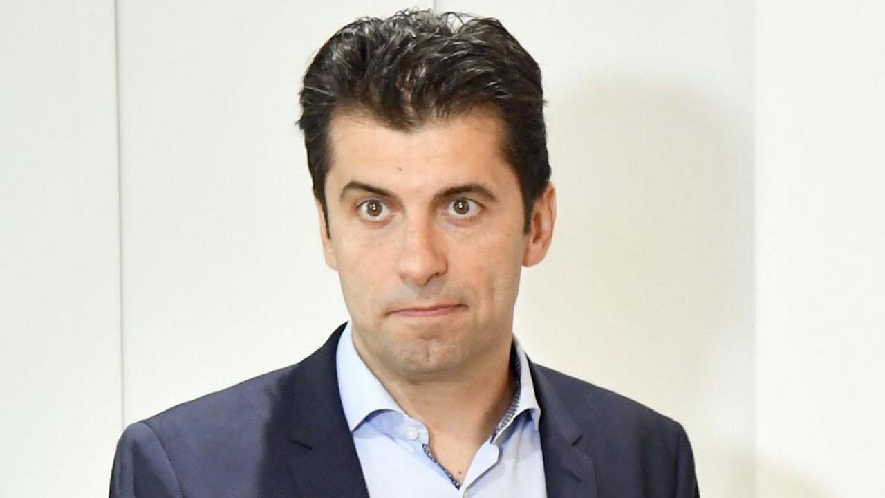 МВнР е изпратило запитване за канадското гражданство на Кирил Петков