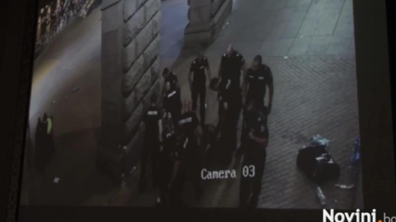 Една от жертвите на полицейския побой до колоните на МС: Доставяше им удоволствие на полицаите