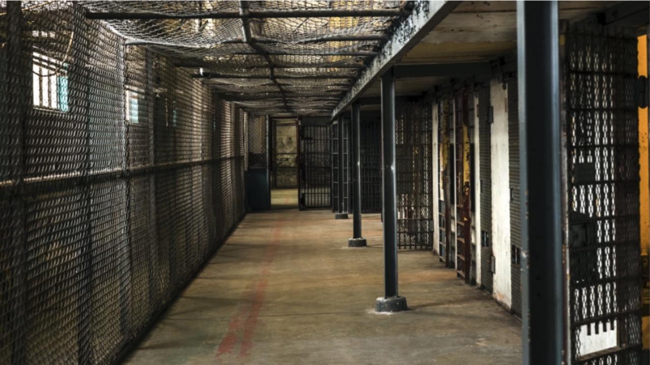 Затвор за трима участници в ОПГ за наркотици