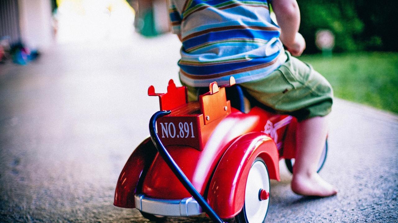 ЕК алармира: Опасни детски стоки ни заливат