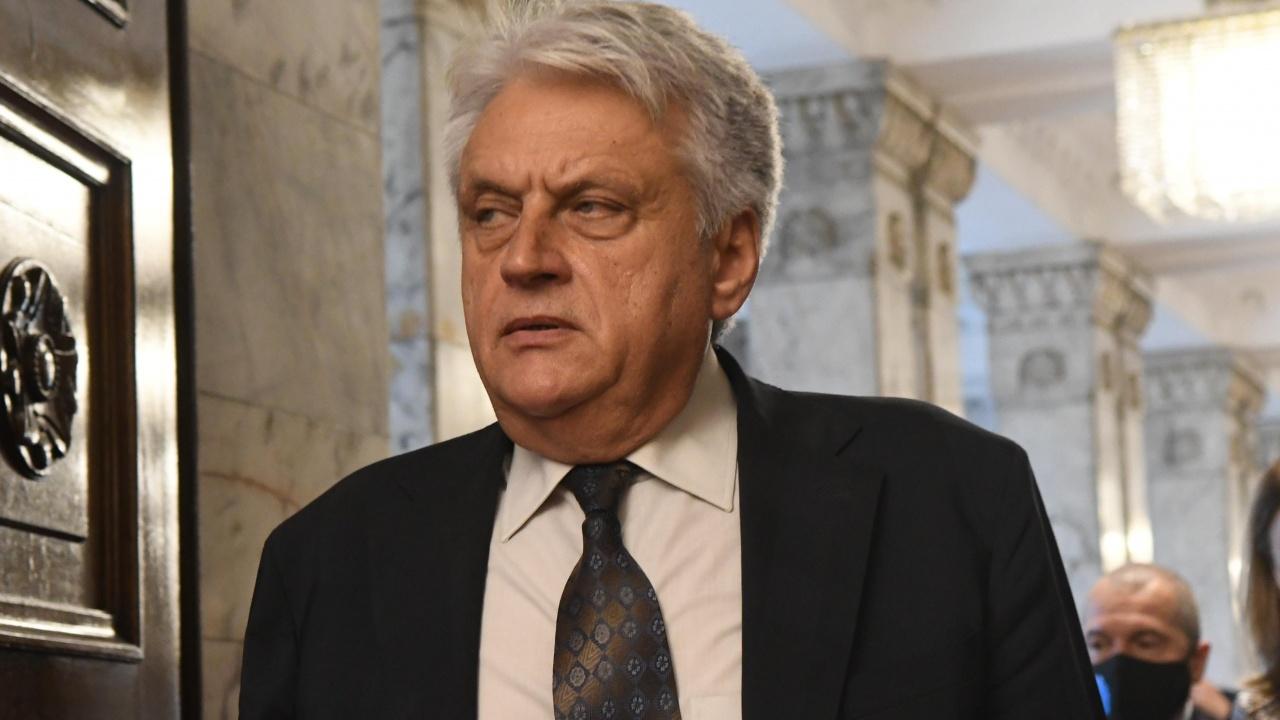 Бойко Рашков не изключи използването на допълнителни сили за удържането на мигрантите на границата
