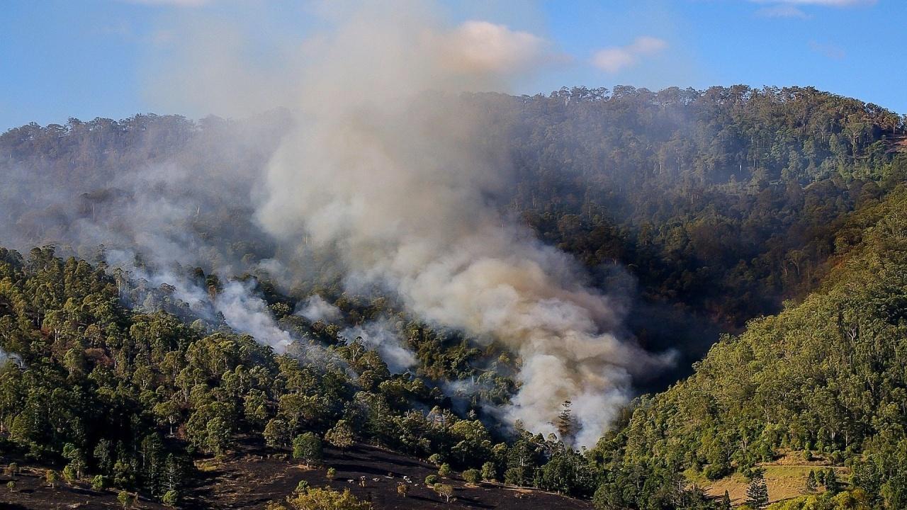 Голям горски пожар избухна в Португалия