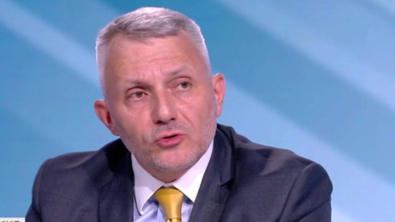 Хаджигенов: Гешев нарушава конституцията като отказва да се яви в комисията в НС