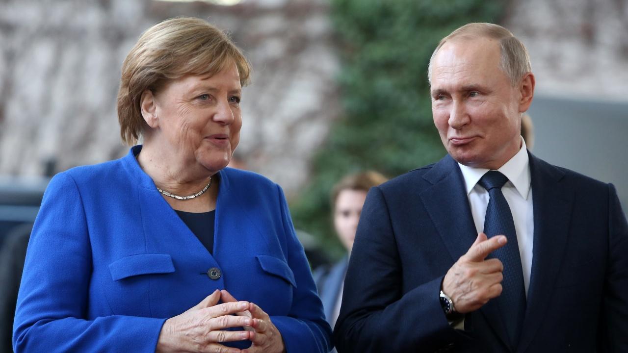 Меркел и Путин обсъждат ситуацията в Афганистан и Беларус