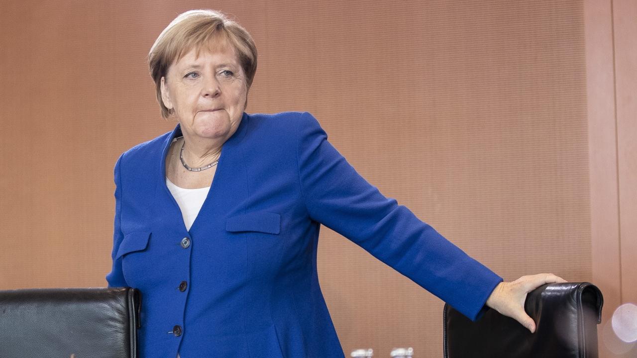 Ангела Меркел поиска освобождаване на Алексей Навални
