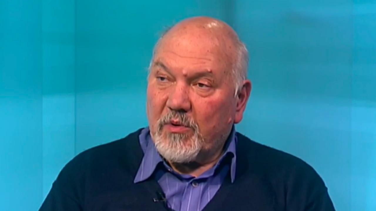 Проф. Ал. Маринов: Възможността за правителство с третия мандат е теоретична