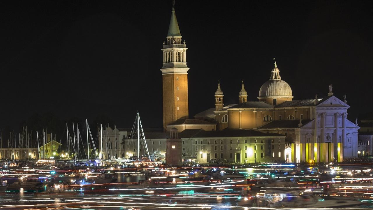 От догодина потокът от туристи във Венеция ще се регулира чрез система за достъп