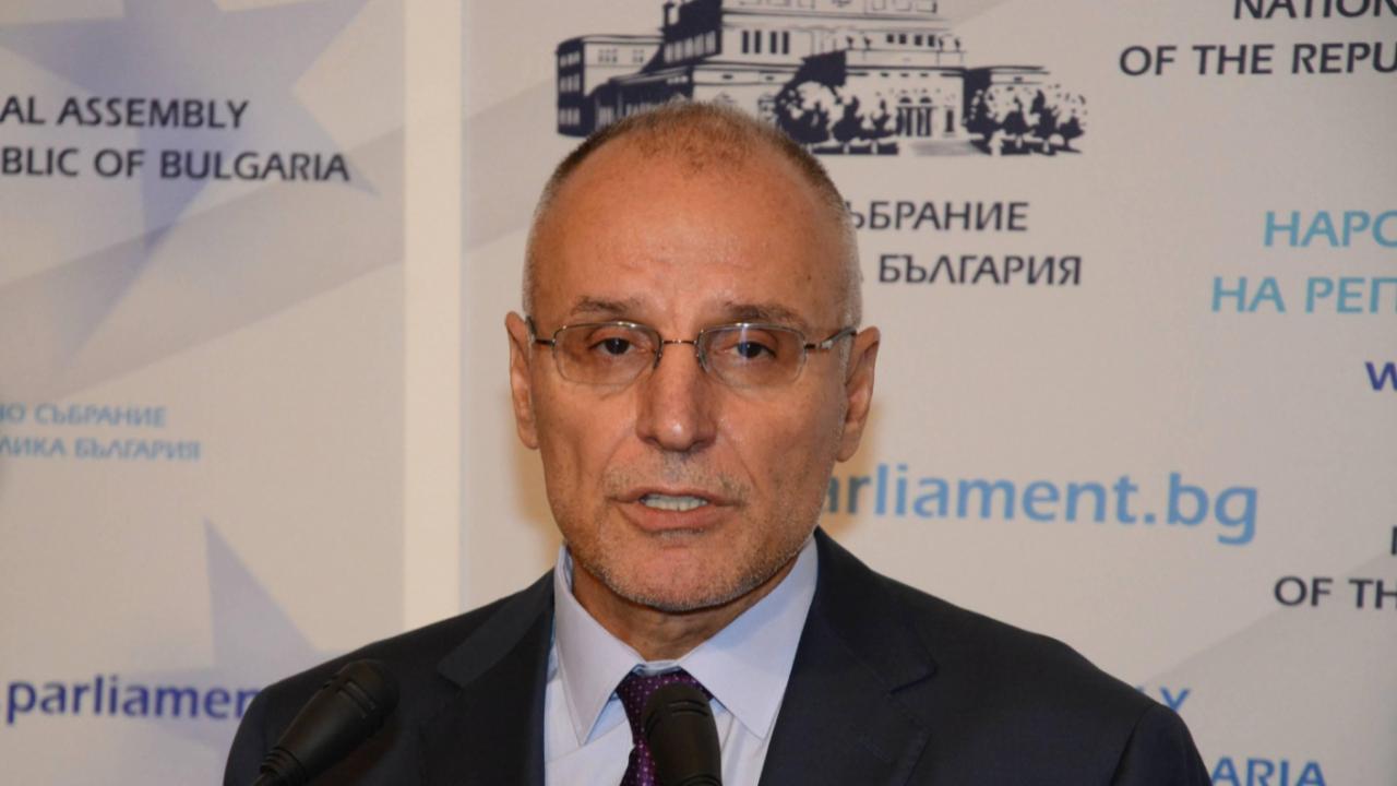 """Управителят на БНБ ще бъде изслушан пред комисията """"Магнитски"""""""