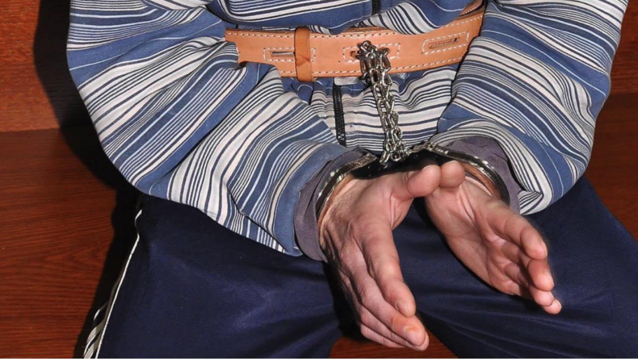 Съдят мъж за незаконен добив на подземни богатстваот коритото на река Струма