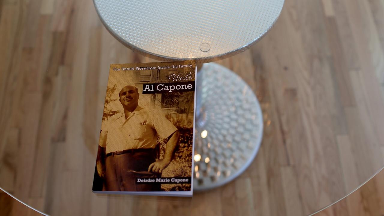 Любимият пистолет на Ал Капоне - на търг