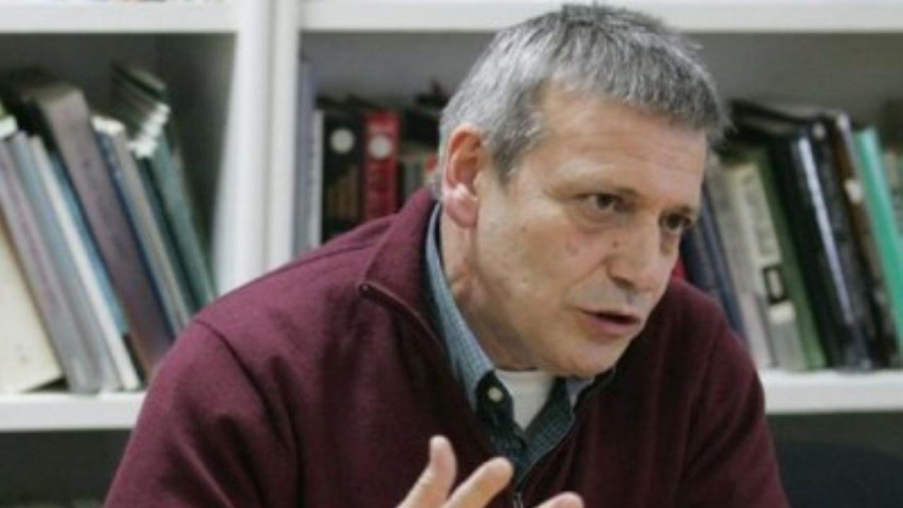 Доц. Красен Станчев за novini.bg: Проблемът със скъпия промишлен ток, скоро няма да се реши