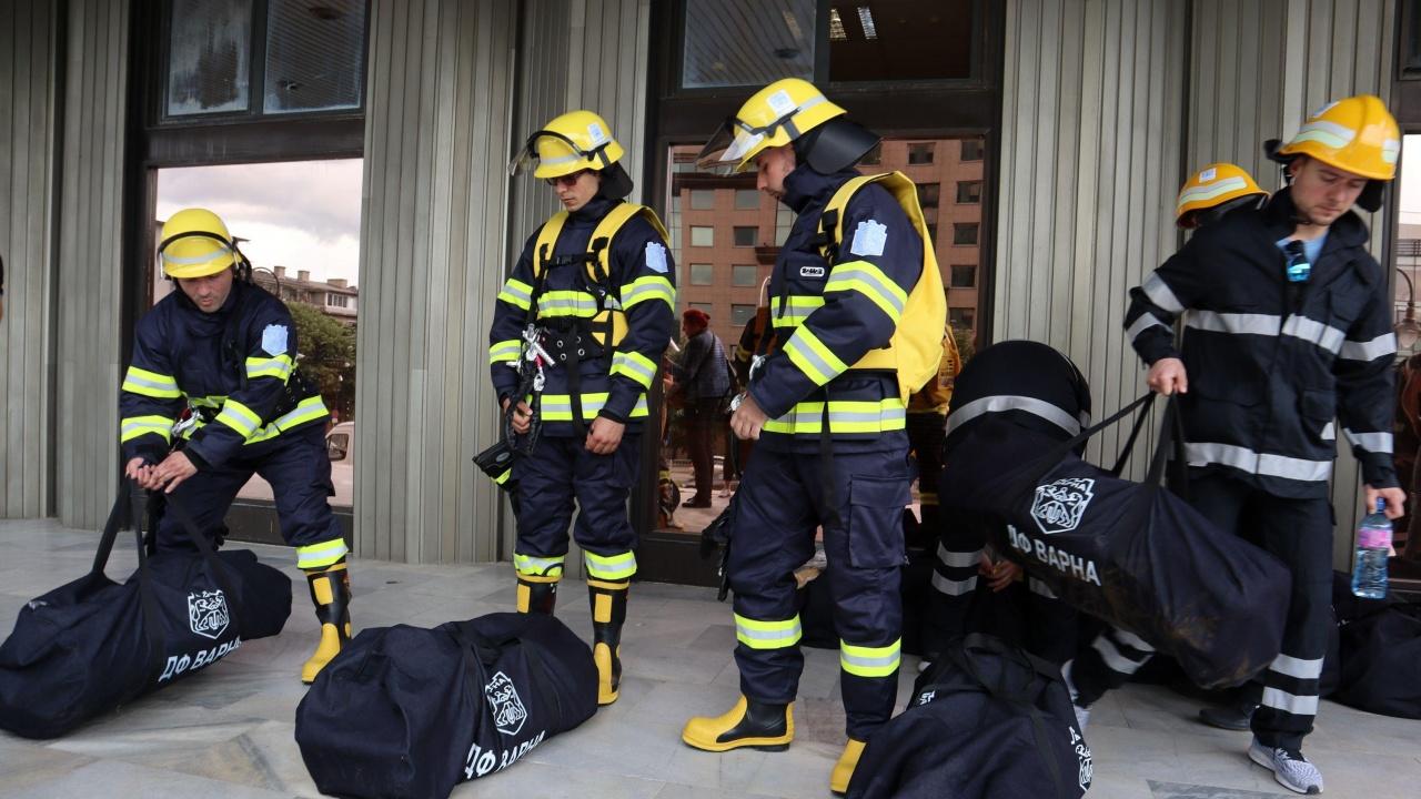 ЮЗДП награждава свои служители и доброволци, участвали в гасенето на горски пожари на територията на предприятието