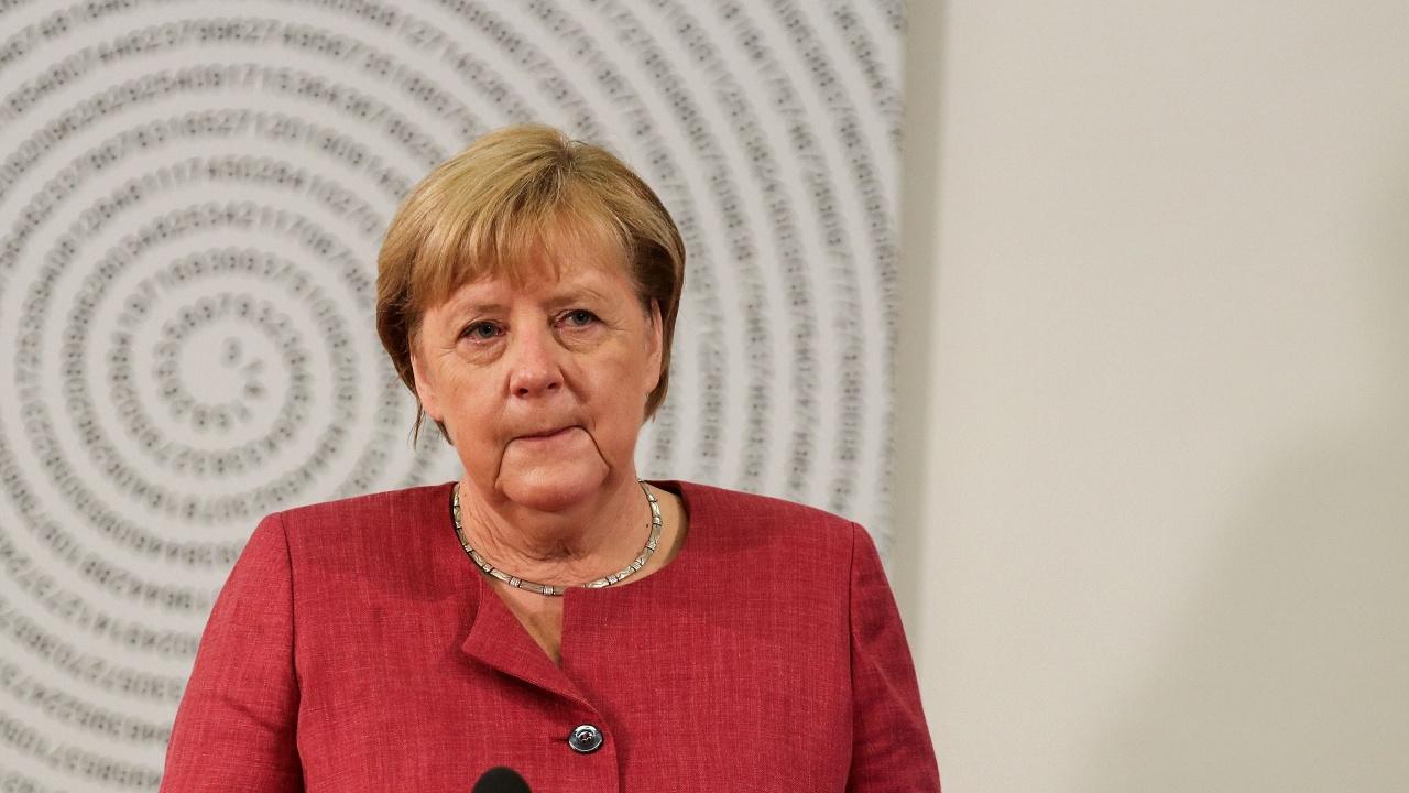 Меркел отложи визитата си в Израел заради кризата в Афганистан