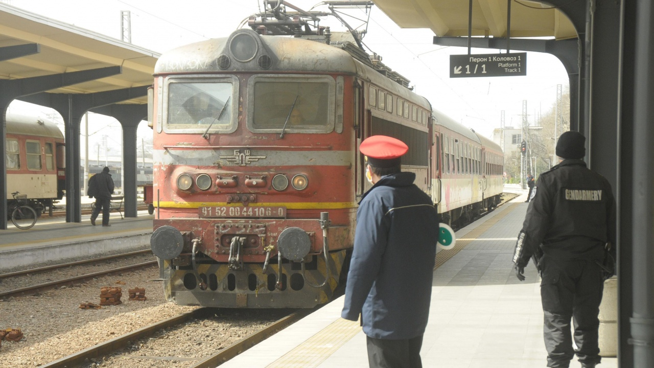 БДЖ променя разписанието на два нощни влака между София и Бургас