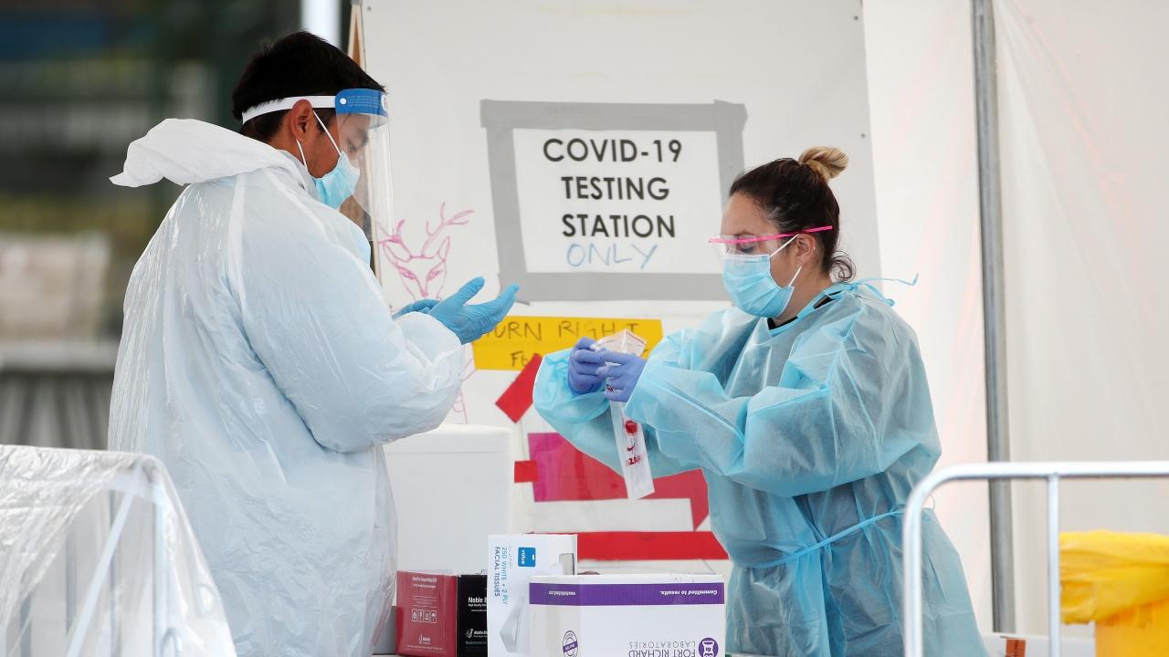Австралия и Нова Зеландия продължават да се борят с коронавируса