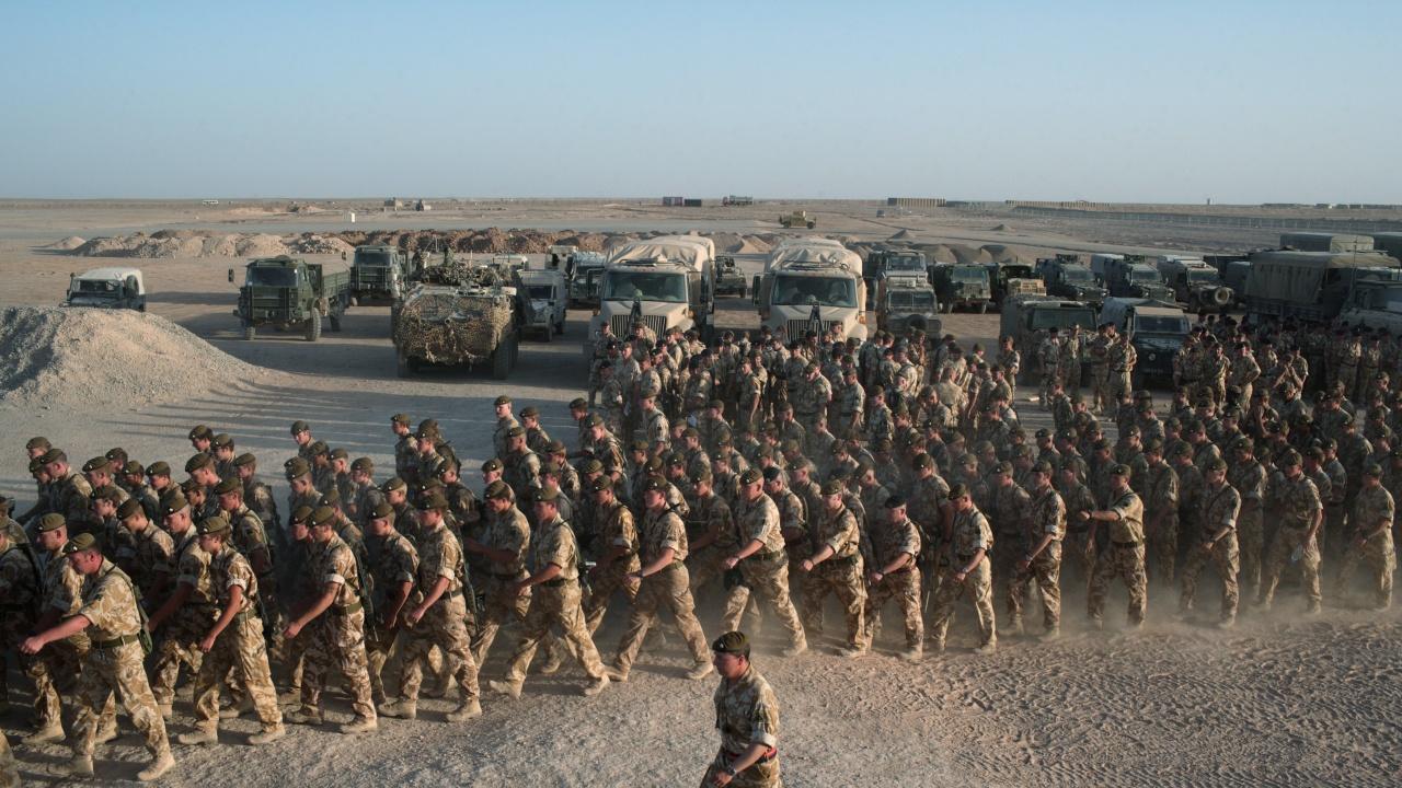Великобритания връща у дома военните си от Афганистан