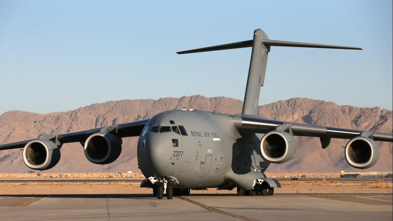 Последният самолет с британски военнослужещи напусна Кабул
