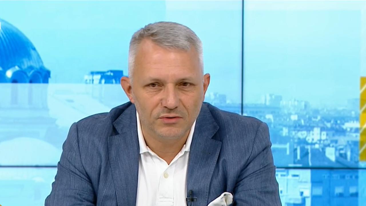 Хаджигенов скочи на Слави Трифонов за политическите прищевки: Няма да се смирим!