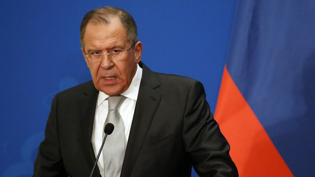 Сергей Лавров: Подложени сме на огромен натиск отвън