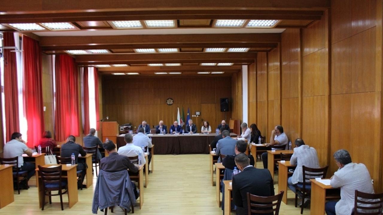ГЕРБ и БСП свалиха председателя на Общинския съвет в Банско